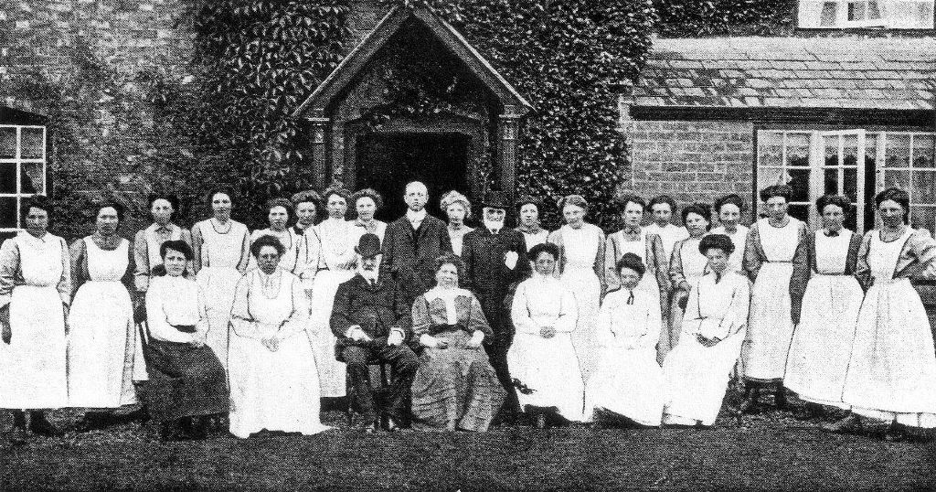 Miss Forster, R P Ward, Roger Bait and staff