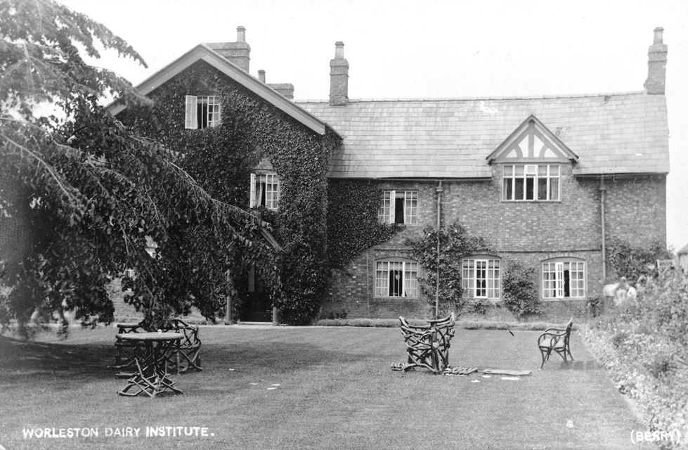 Postcard of the Worleston Dairy Institute