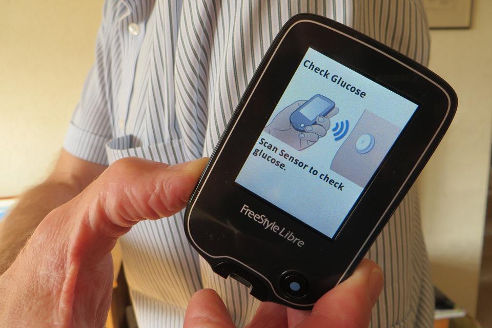 Scanning glucose levels using Freestyle Libre monitor